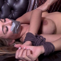 PV-kat-dior-double-crossed-04
