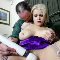 PV-nadia-white-bondage-orgasm-07