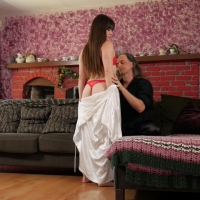 PV-alison-rey-cums-from-spanking-02