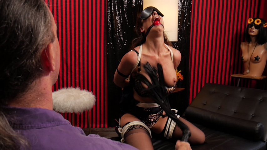 PV-cherie-deville-more-than-she-bargained-for-04